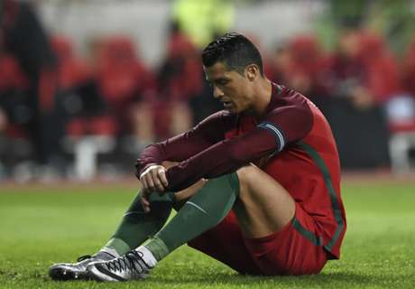 Santos: Ronaldo saving his goals