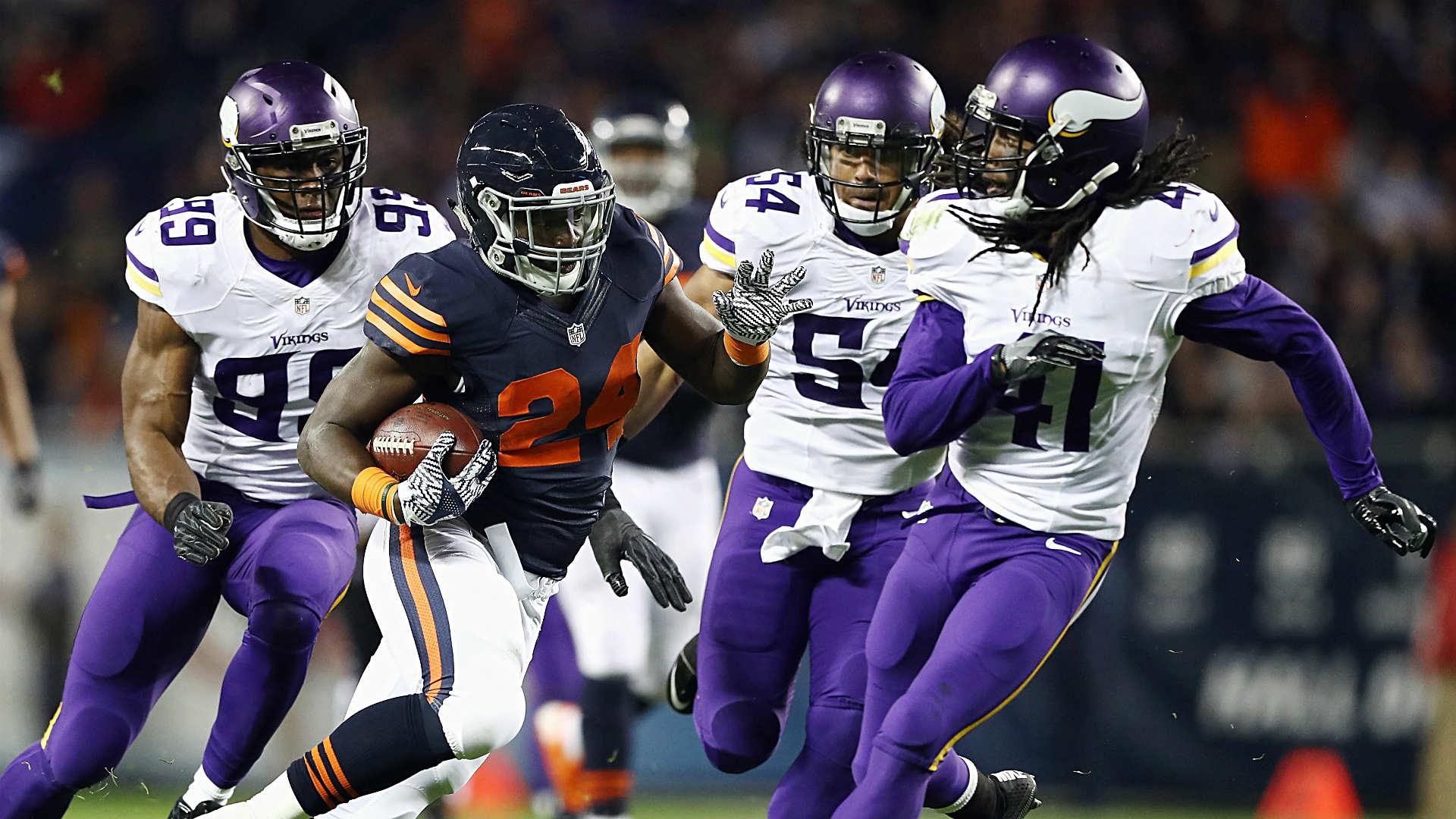 Bears flip script to stun Vikings behind Jordan Howard dominating