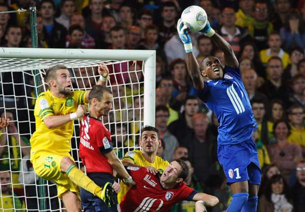 Nigerians Abroad: Enyeama keeps 16th clean sheet as Yobo impresses in Norwich victory