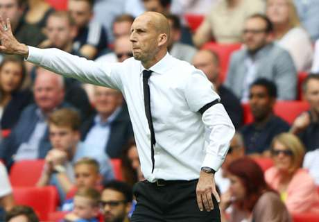 Stam extends Reading stay