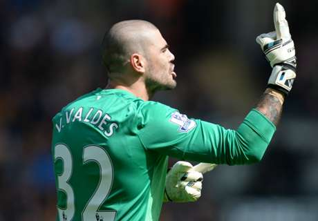 Valdes holds talks with Espanyol