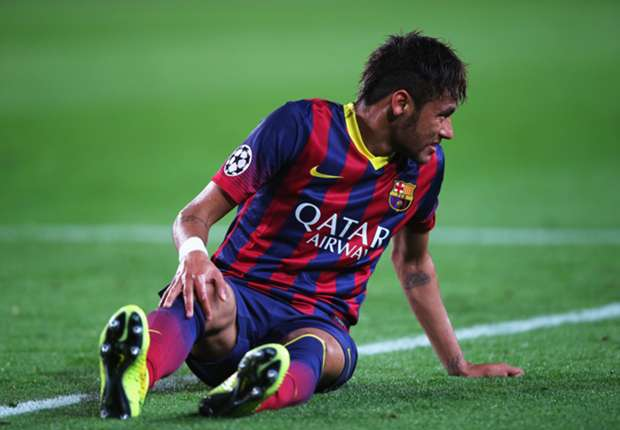 Barcelona's formation is holding Neymar back, says Scolari