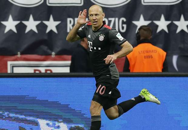 Bayern's Arjen Robben celebrates his winner against RB Leipzig