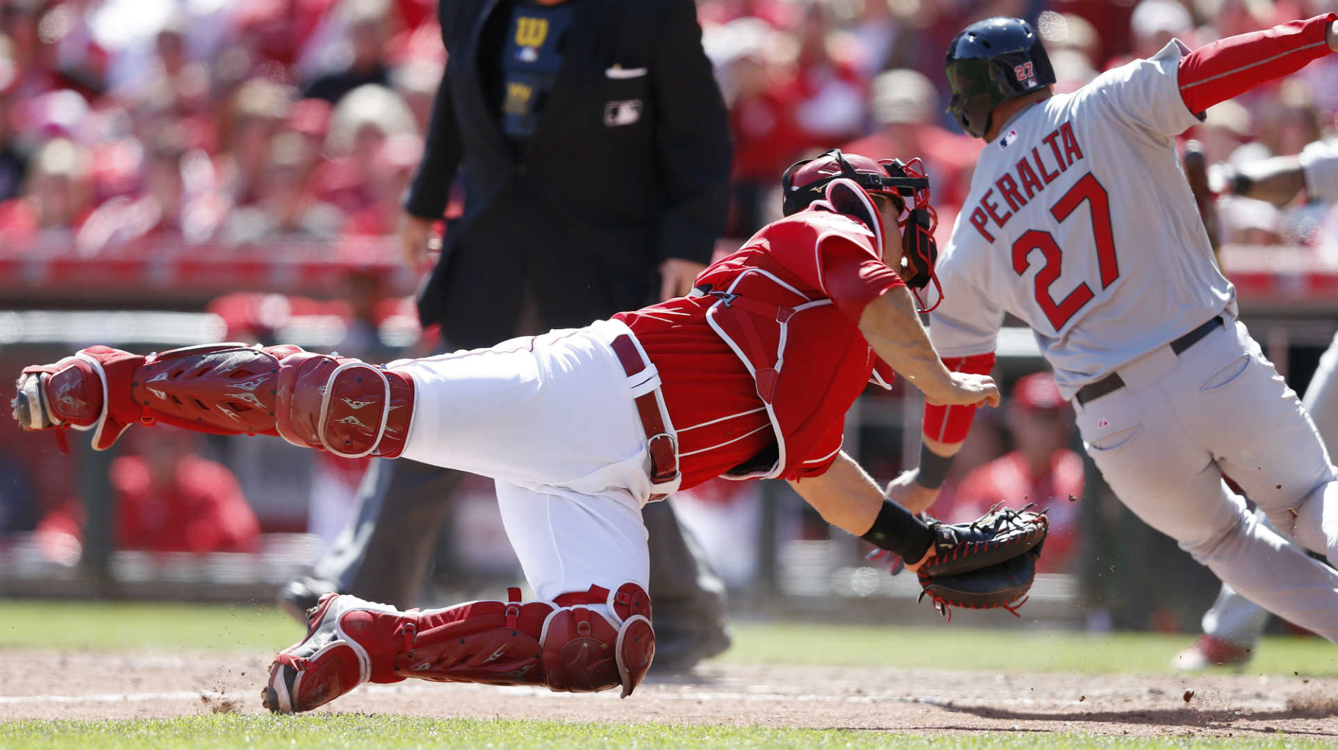 Reds finally place catcher Devin Mesoraco on DL