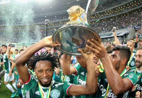 Ze Roberto signs new deal at age 42