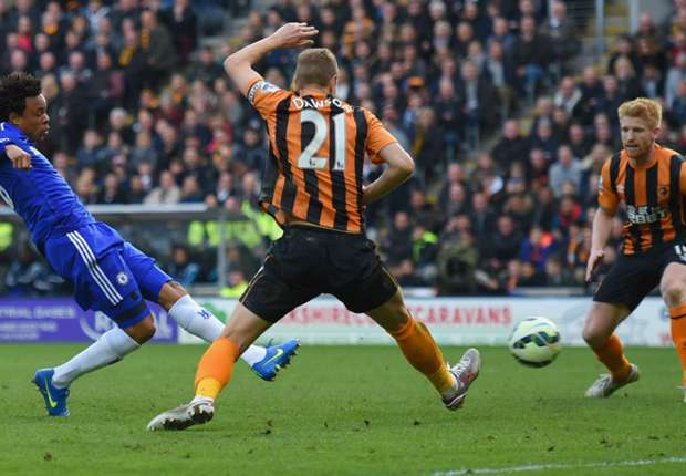 Loic Remy scores at Hull City
