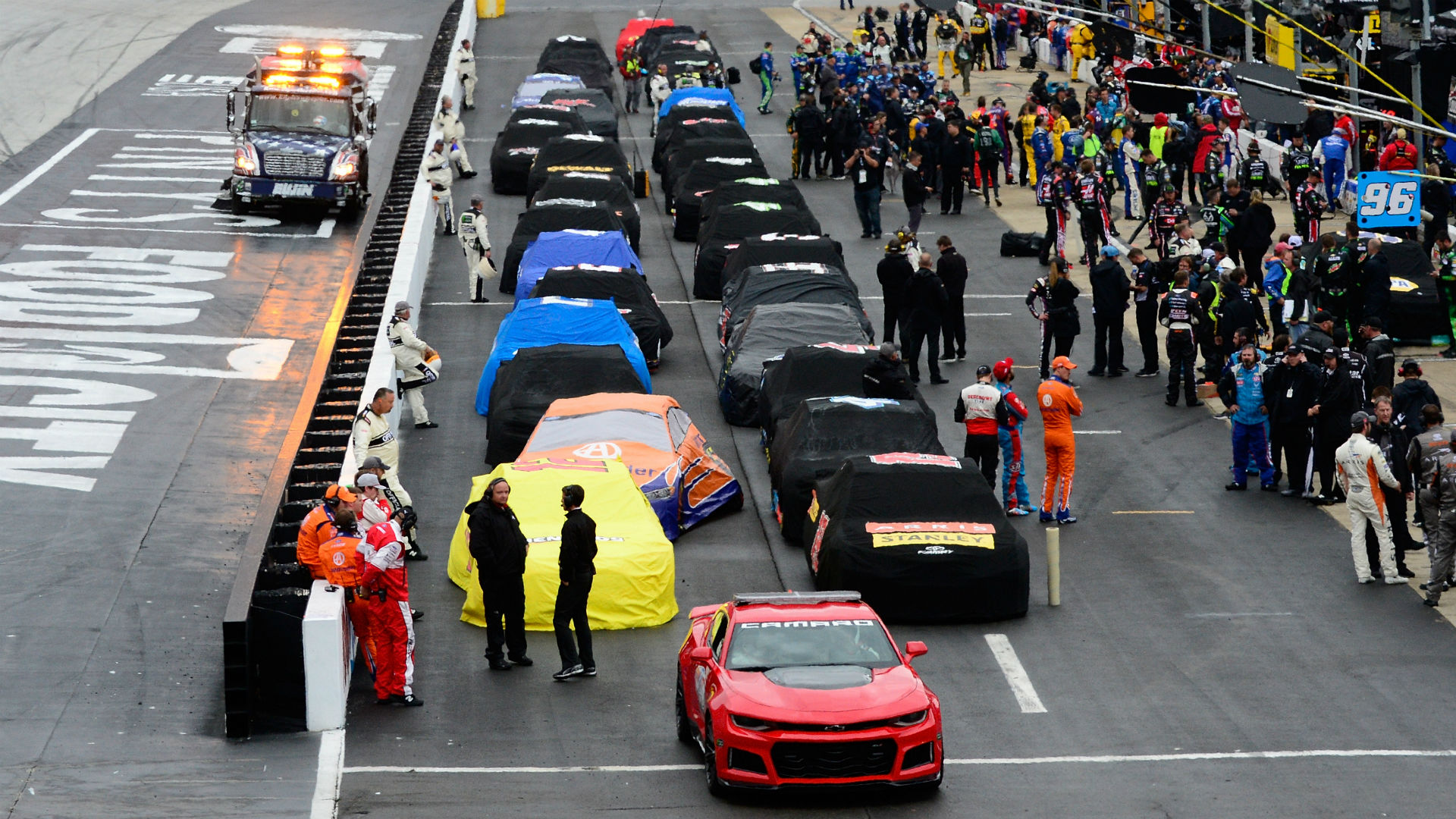 NASCAR at Bristol: Leaderboard, lineup when Food City 500 resumes Monday