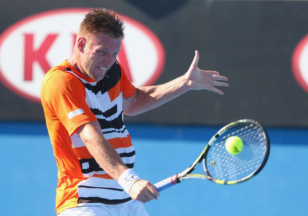 Groth grinds out win over Cabal