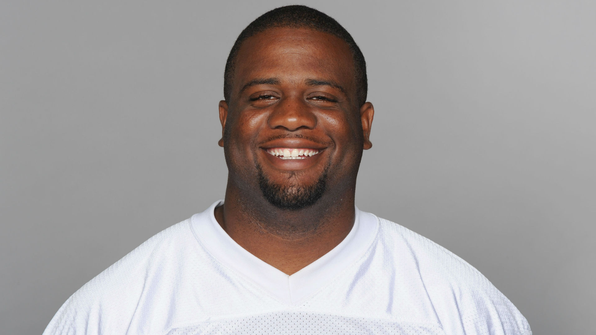 National Football League free agent allegedly stabbed by girlfriend in domestic dispute