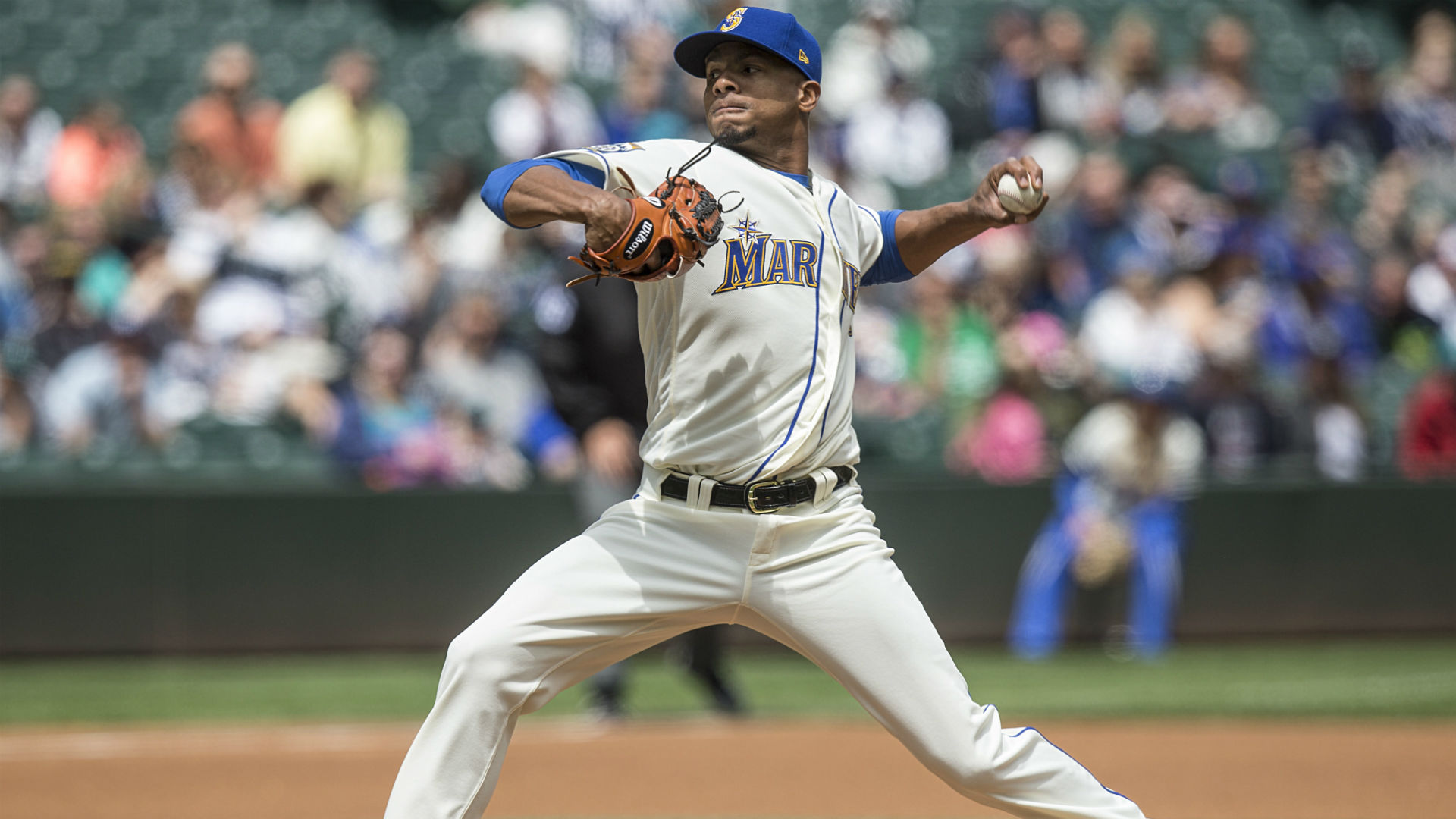 Miranda pitches complete game as Mariners sweep Rays