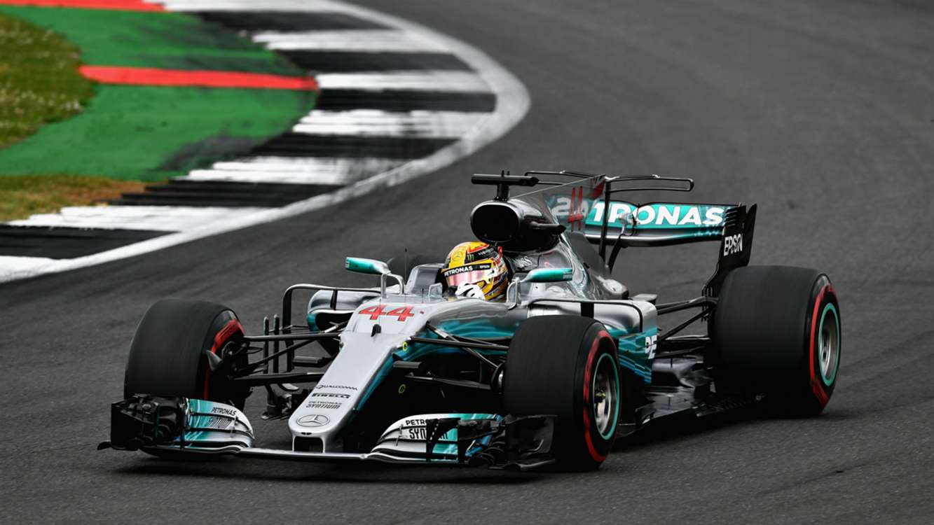 Hamilton reigns supreme as Ferrari suffer late puncture woe