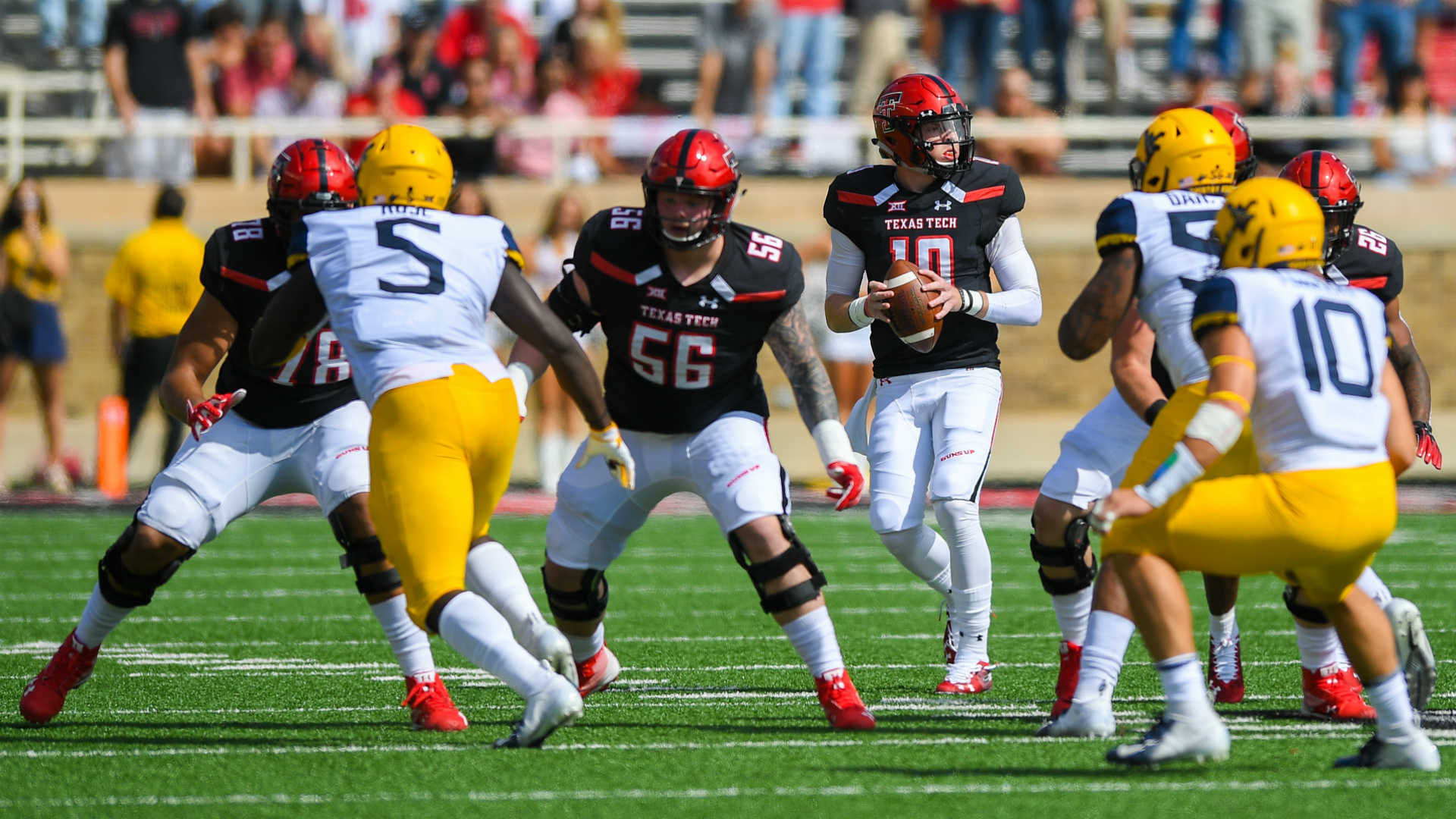 Texas Tech QB Alan Bowman (collapsed lung) released from hospital