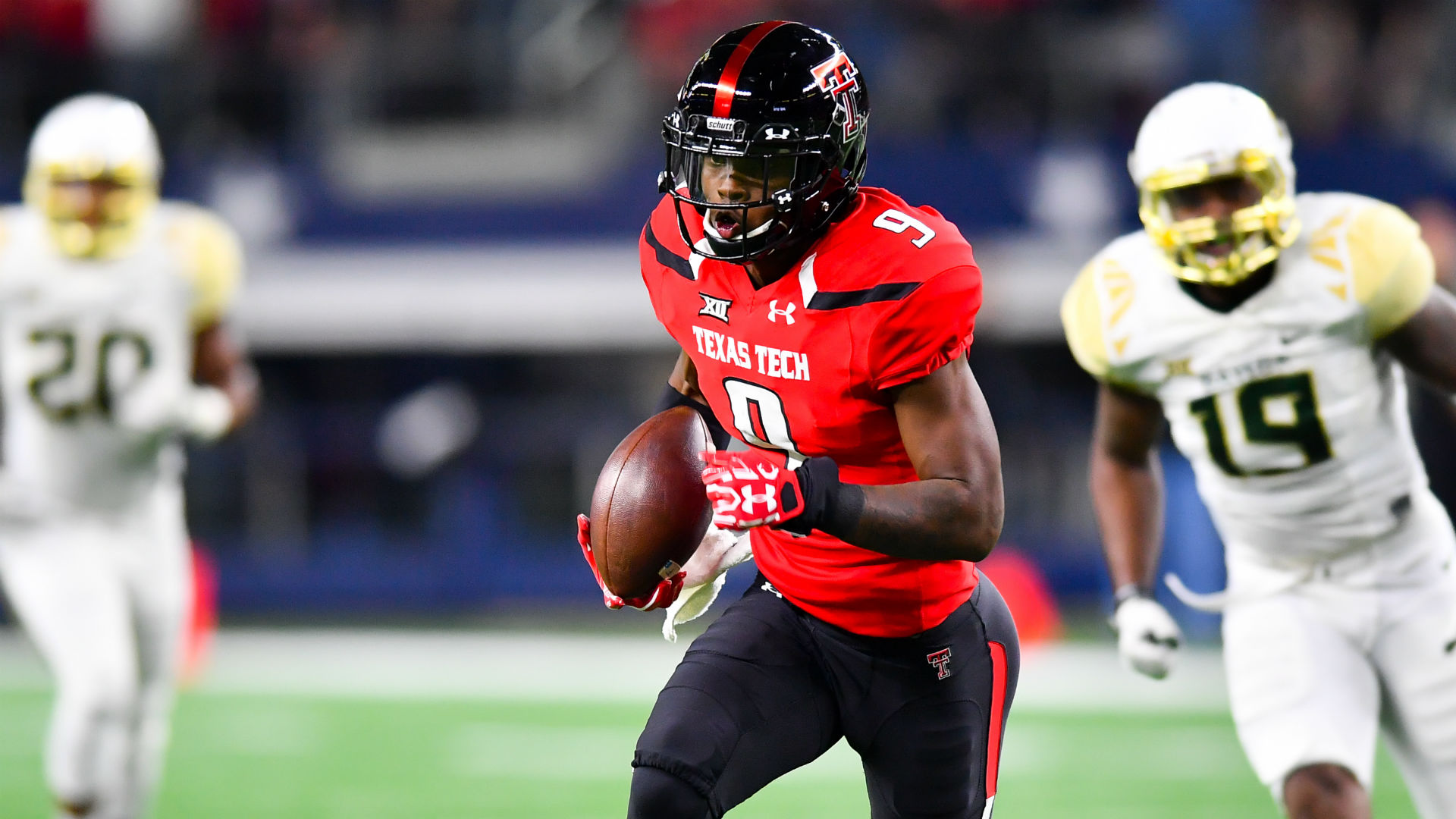 Texas Tech wide receiver Jonathan Giles transfers to LSU