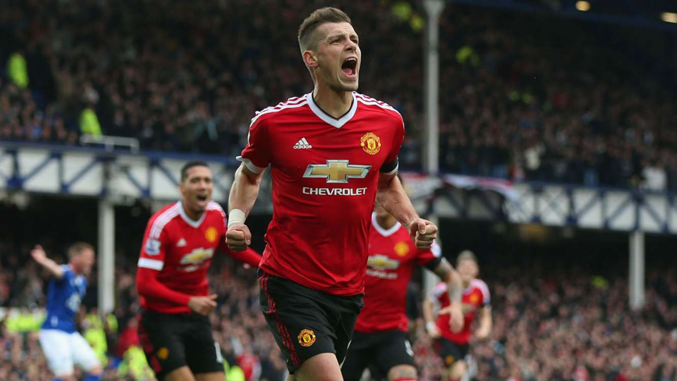 Schneiderlin to Everton 'close', says Mourinho