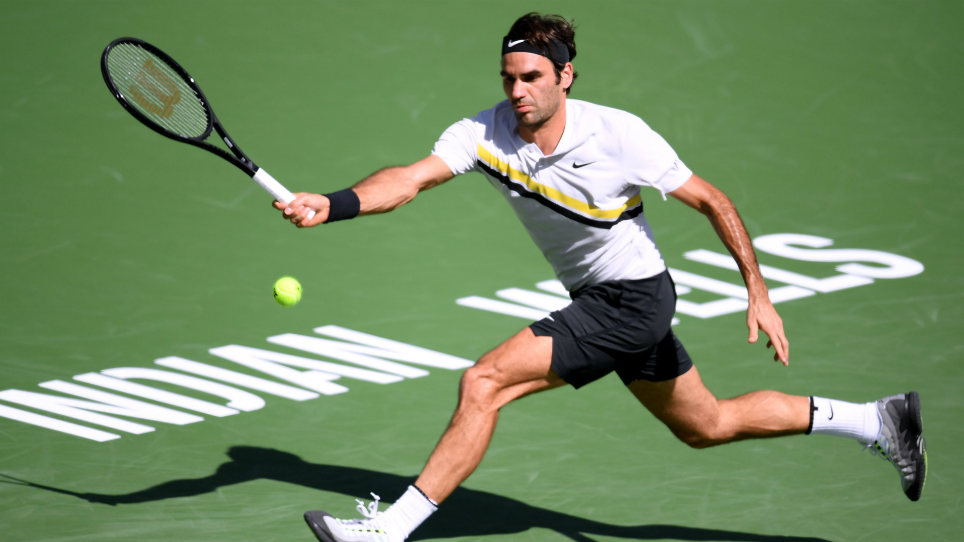 Indian Wells: Roger Federer leads Delbonis but rain spoiled the party