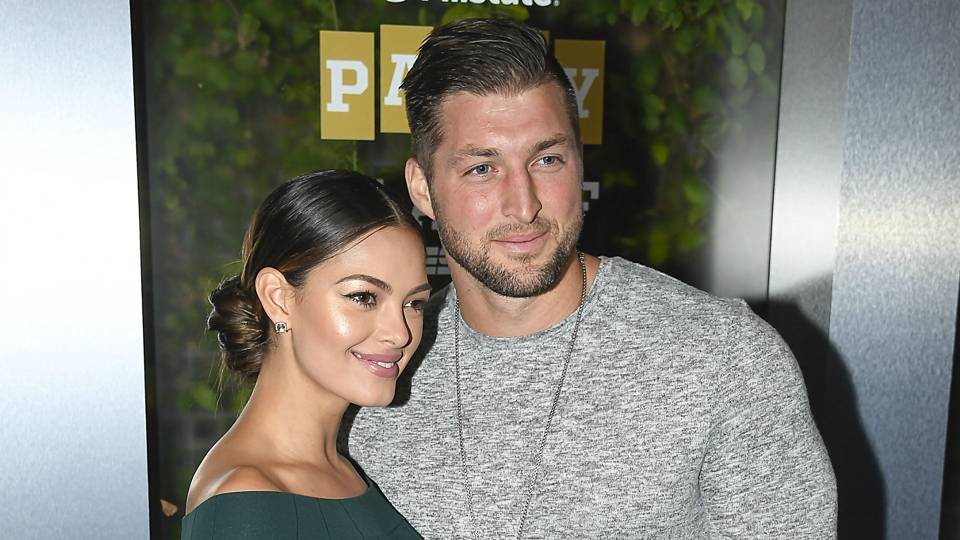 tim-tebow-demi-leigh-del-peters-11019-usnews-getty-ftr