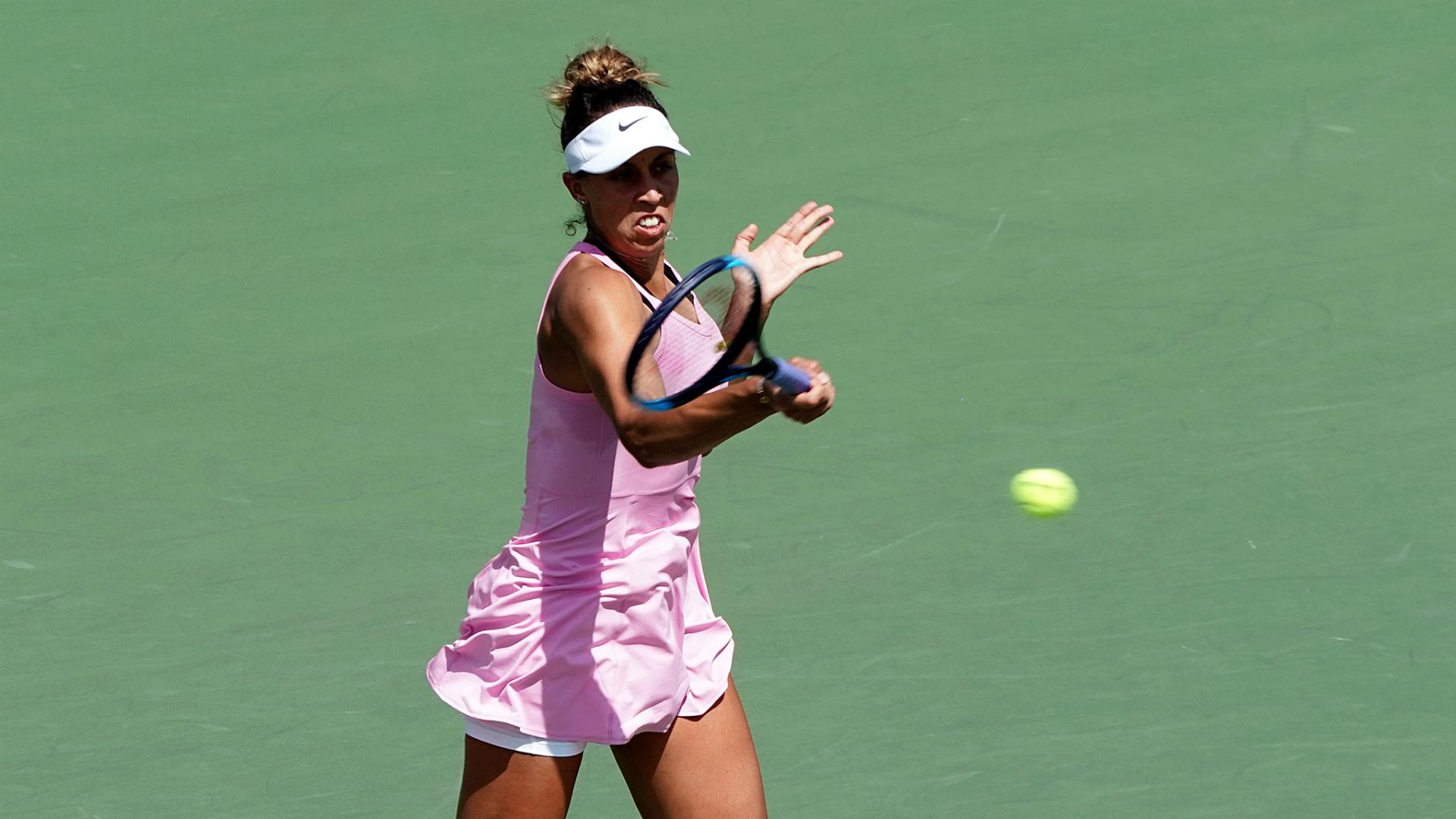 Madison Keys on her way to beating Daria Kasatkina