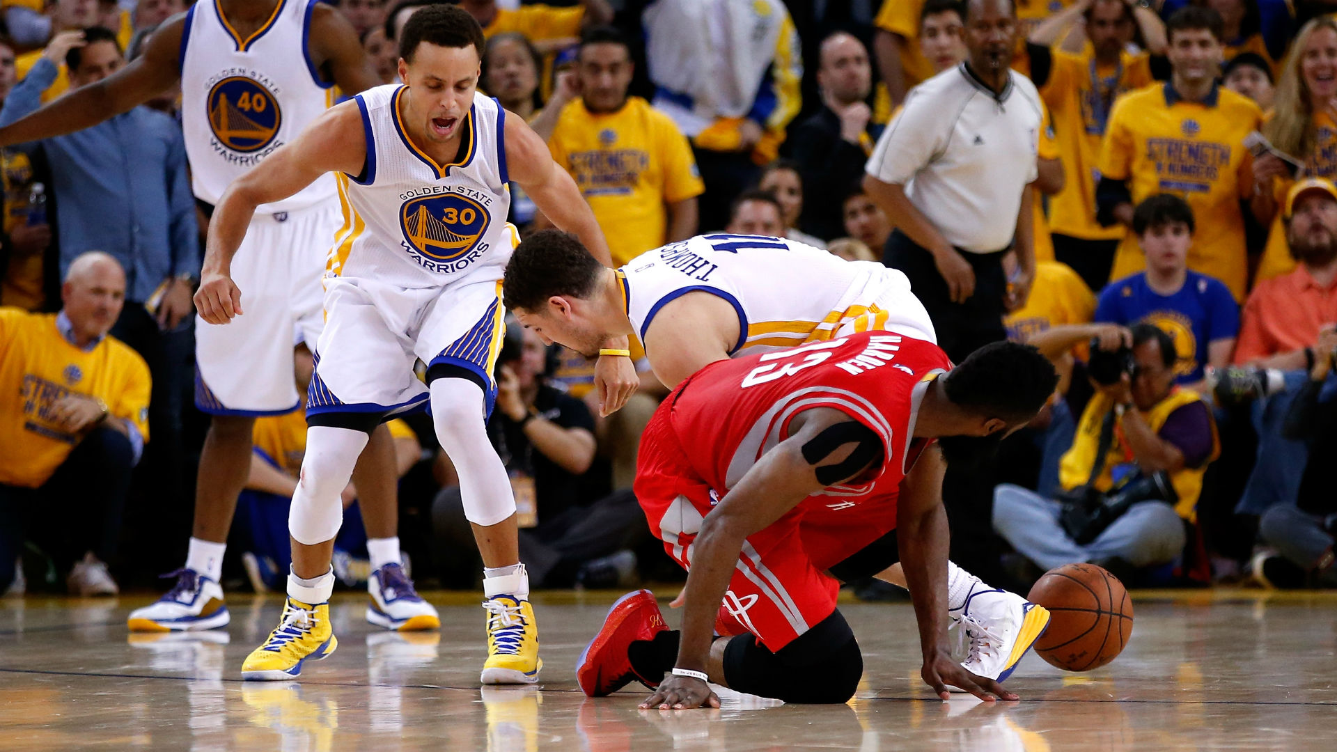 Western Conference finals: Stephen Curry's Warriors outduel James Harden, Rockets in Game 2