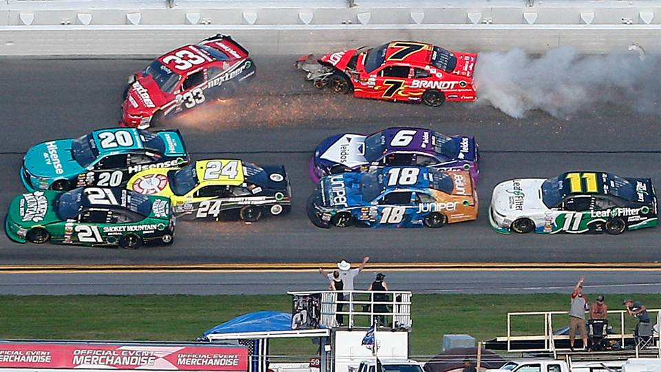 Consecutive wrecks bring out red flags during Daytona Xfinity race ...