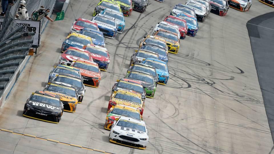 NASCAR green flag