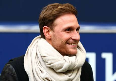 Howedes keen to impress Low