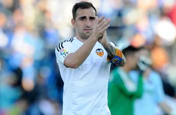 Ayestaran: Barcelona target Alcacer unable to compete