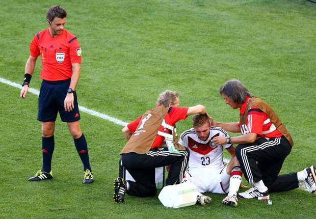 Christoph Kramer treated for concussion