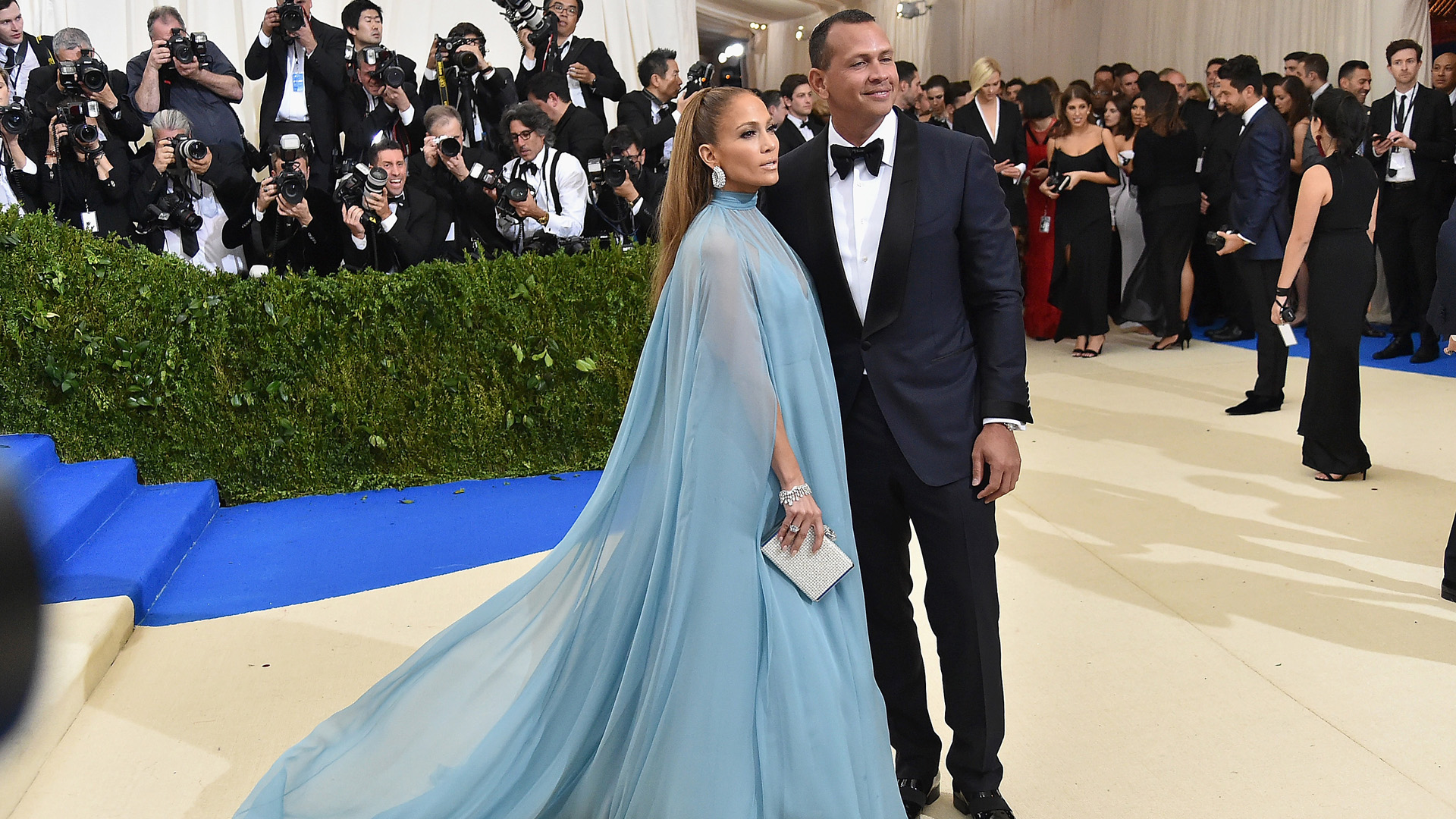 Rod In Trouble? Jennifer Lopez Reportedly Hires PI To Follow Alex Rodriguez
