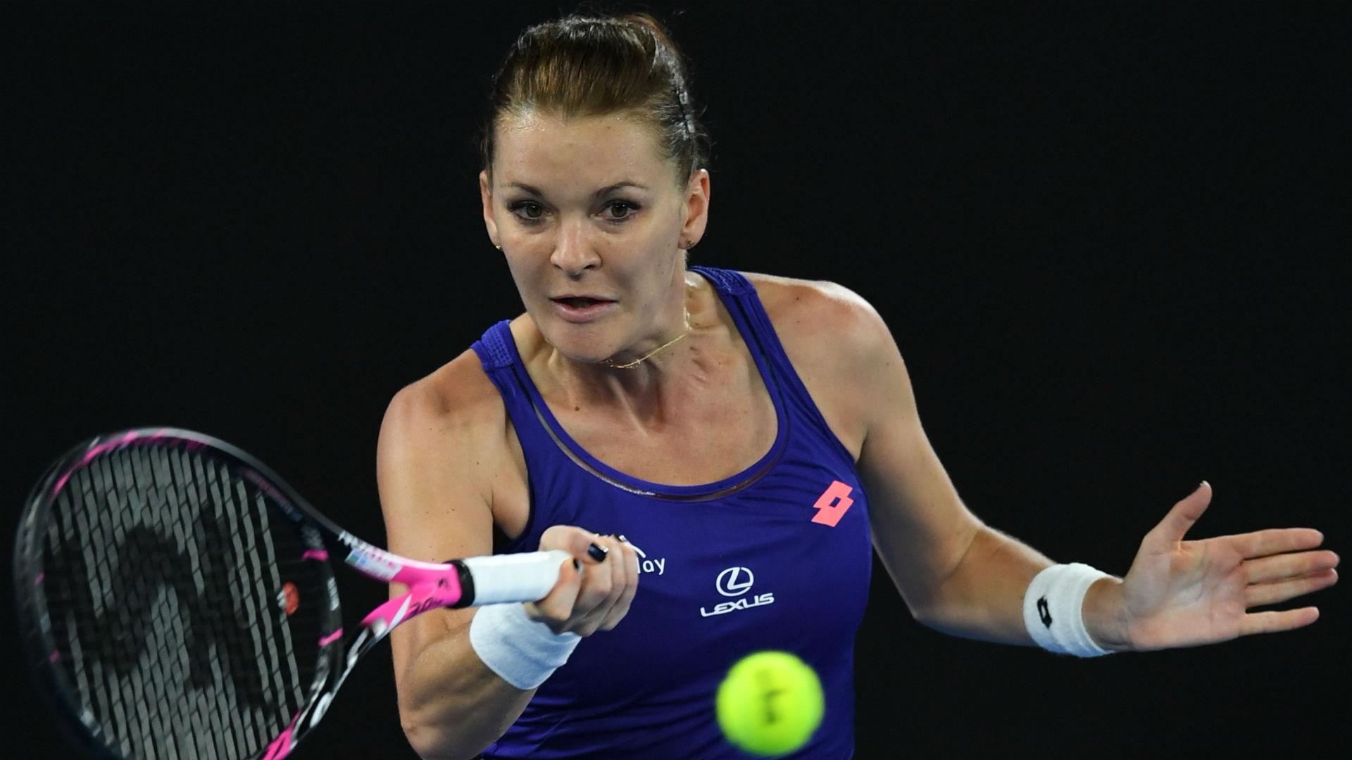 Australian Open: Agnieszka Radwanska follows Novak Djokovic out of second round