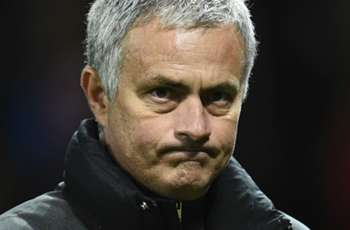 Boys to men: Mourinho challenges United players