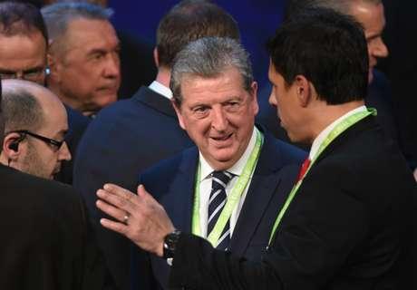 Dyke: Hodgson on par with Robson