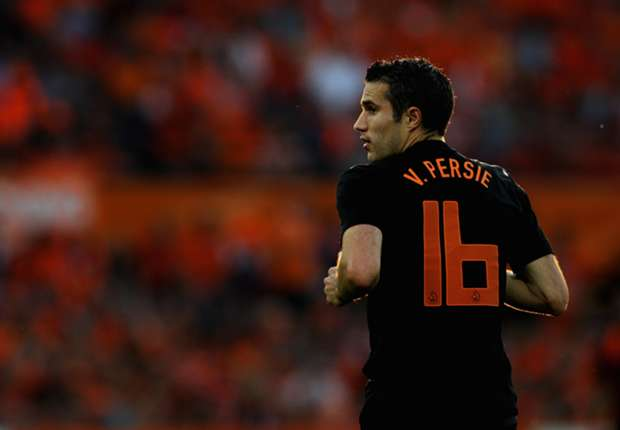 Netherlands-Japan Preview: Van Persie adds to Oranje striker shortage