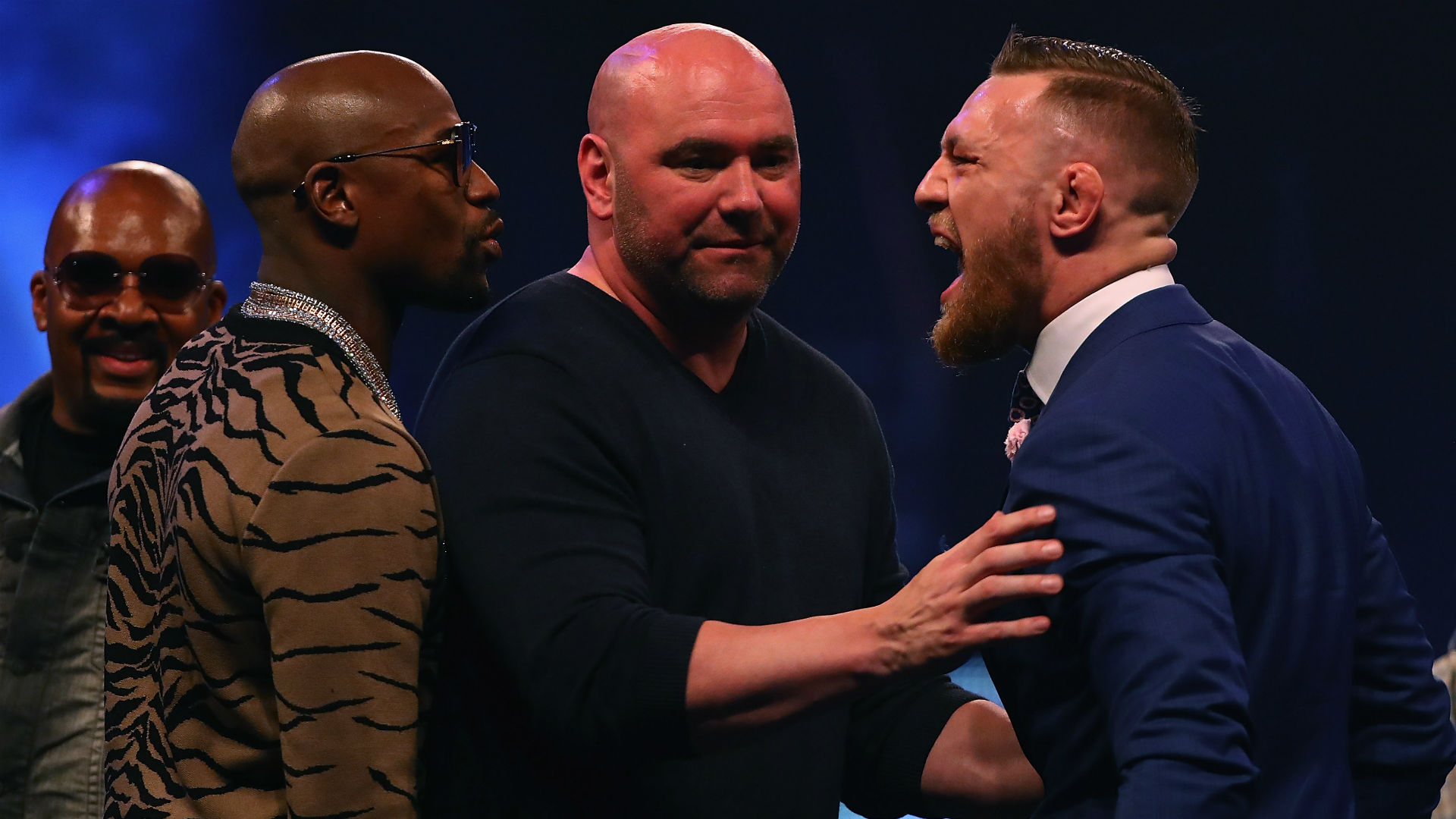 Association of Ringside Physicians 'strongly cautions' against smaller gloves for Mayweather-McGregor