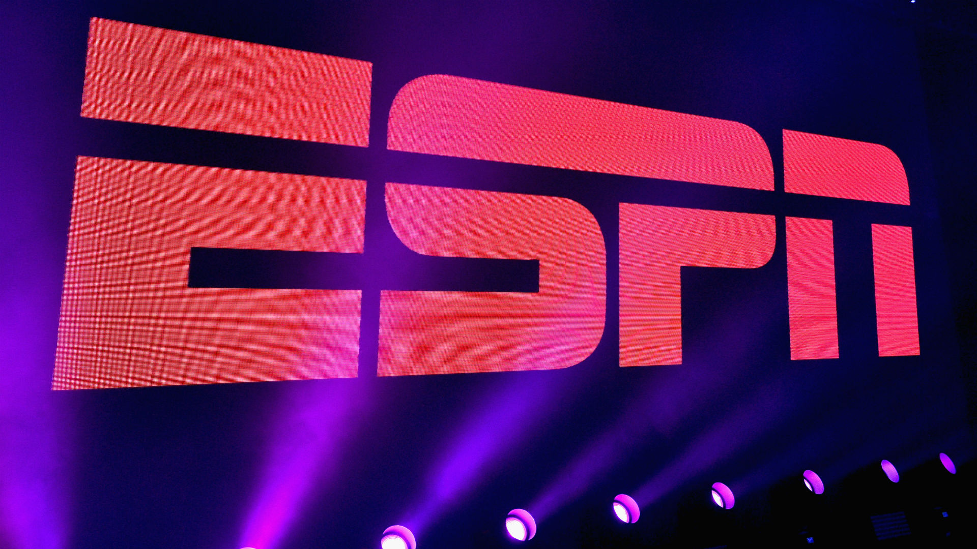 ESPN Plans Layoffs Among On-Air And Writing Ranks