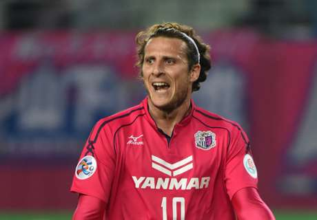 Forlan lashes out at 'naive' Japanese