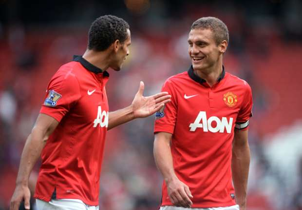 Neville: Vidic & Ferdinand departures a big risk for Manchester United