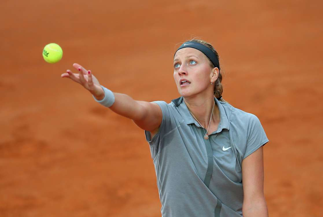 Li progresses, Kvitova ousted in Rome
