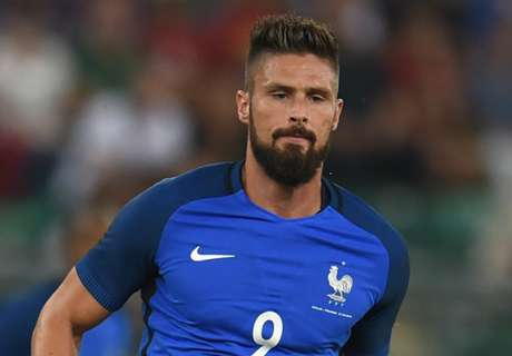 'Giroud answers critics with goals'