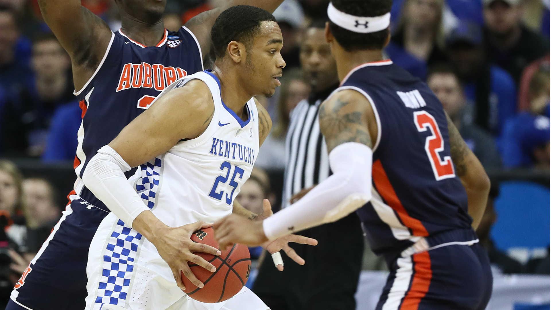 Kentucky's Washington declares for NBA Draft