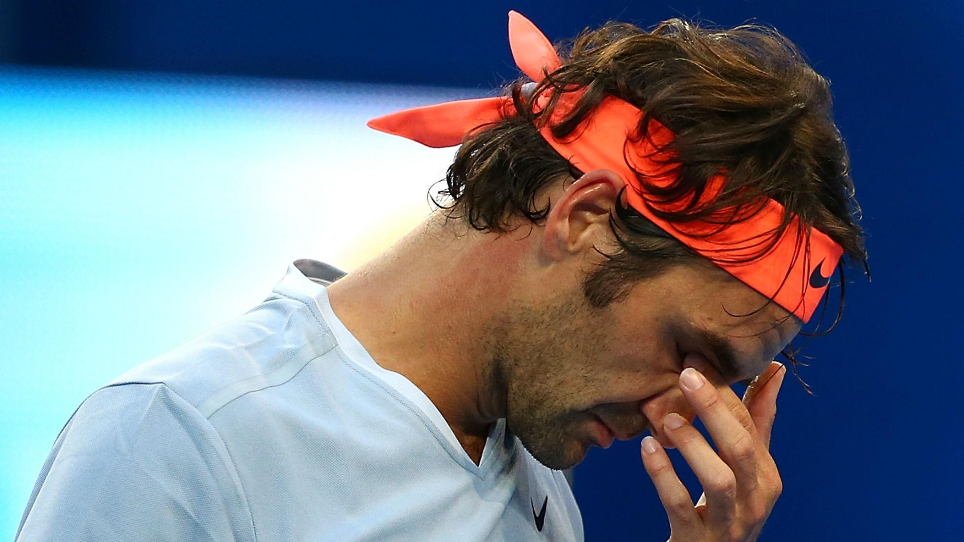 Federer stunned by rising star Zverev