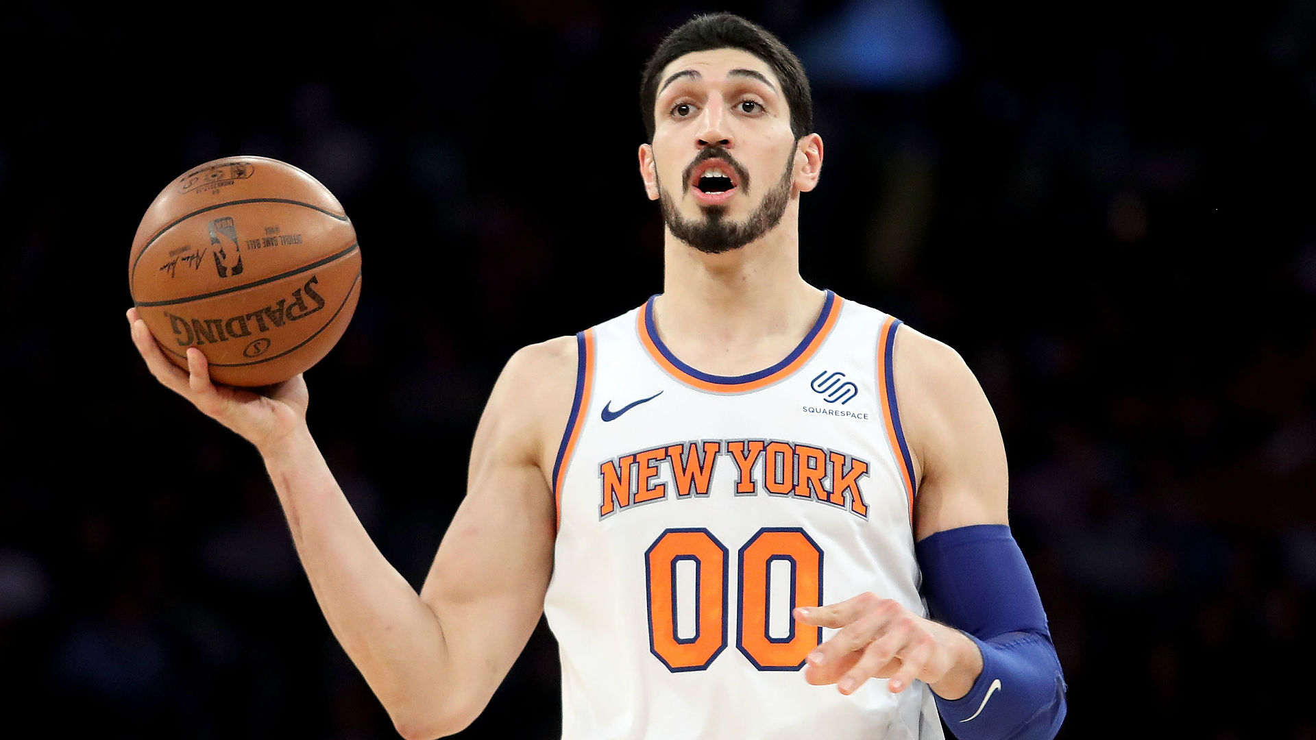 Thunder C Steven Adams reportedly tells Knicks coach to sub out Enes Kanter: 'He can't play defense'