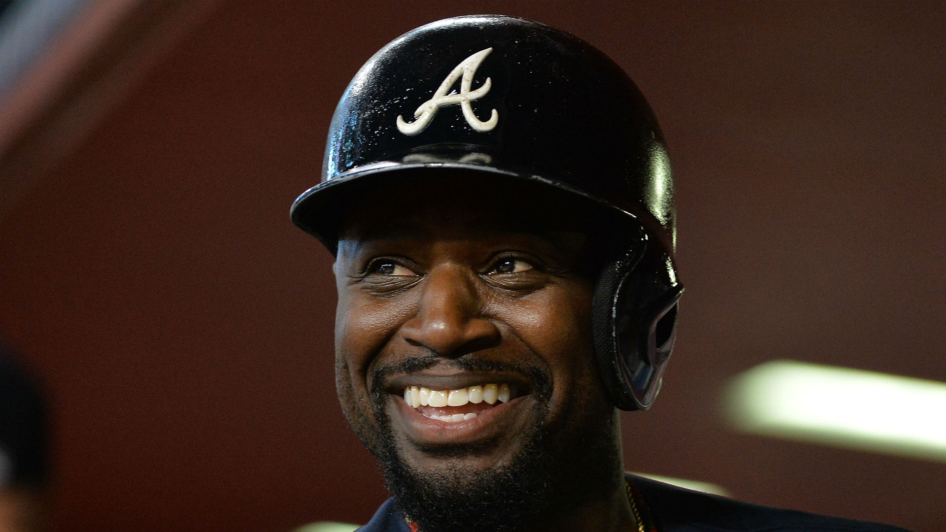 Angels land veteran 2B Brandon Phillips in trade with Braves
