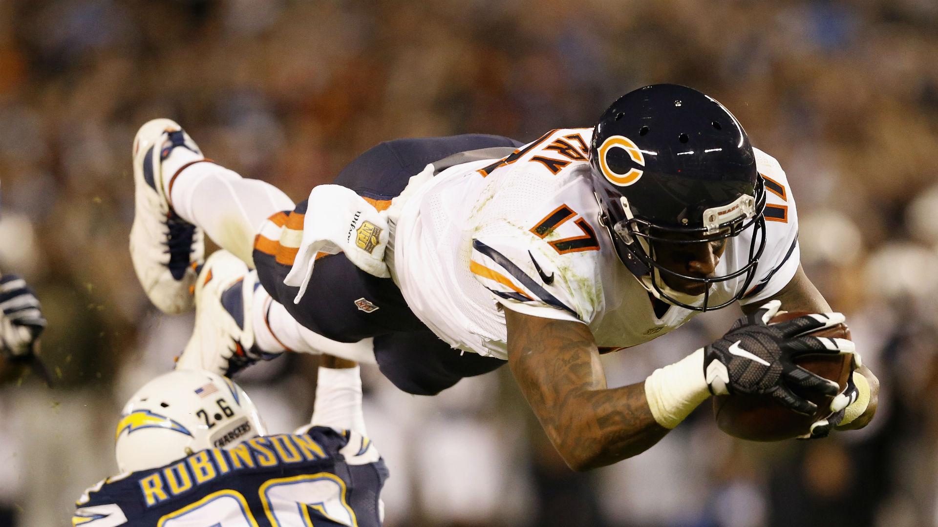 Chicago Bears still negotiating with Alshon Jeffery