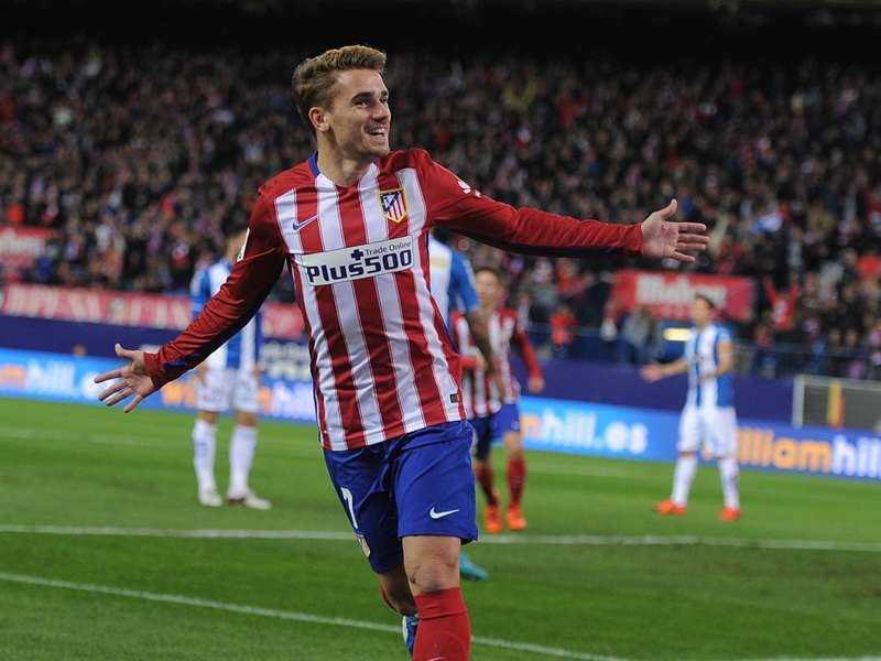 Claudio Bravo: Antoine Griezmann Could Play For Barcelona