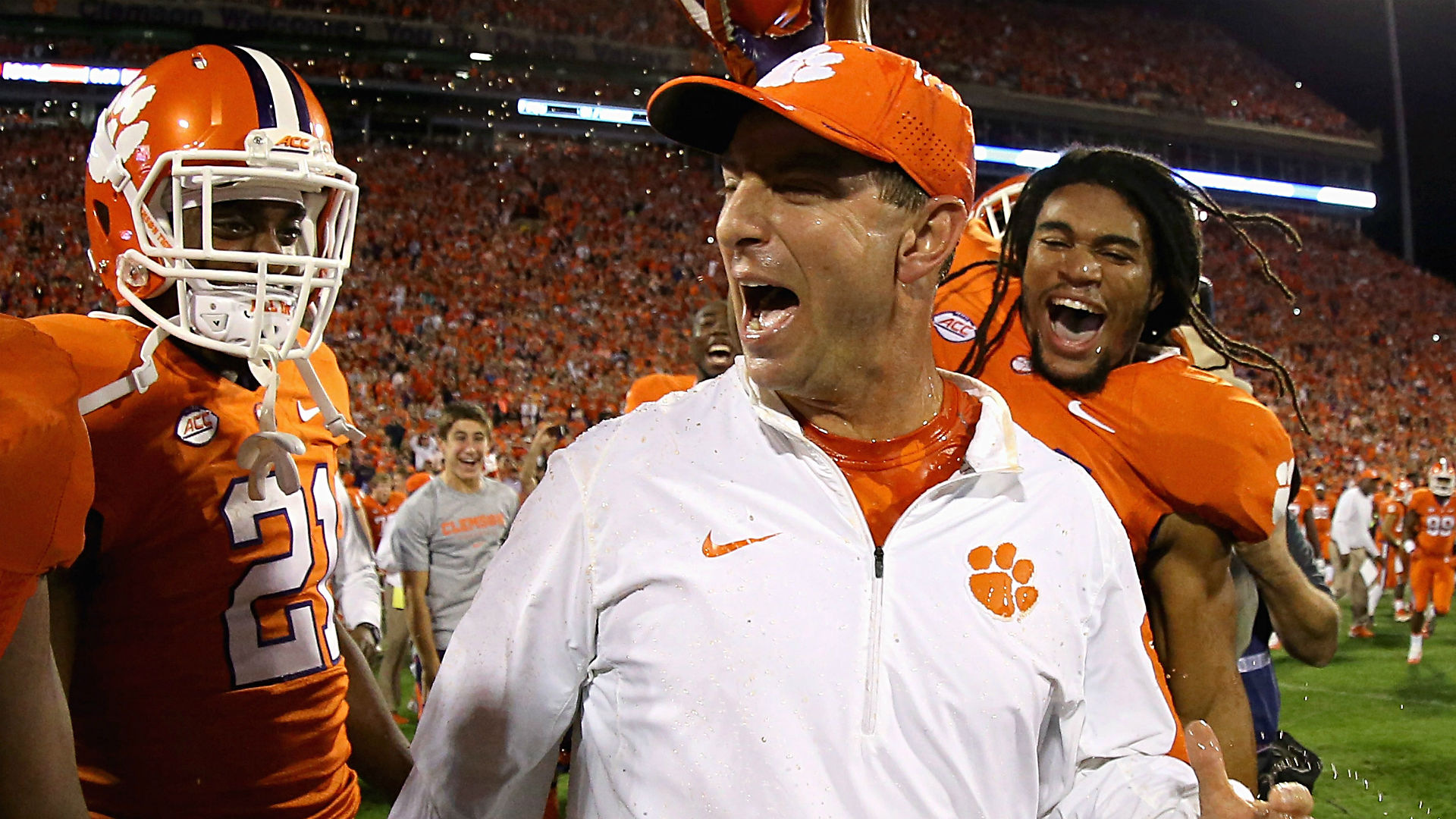 swinney-dabo-111015-usnews-getty-ftr