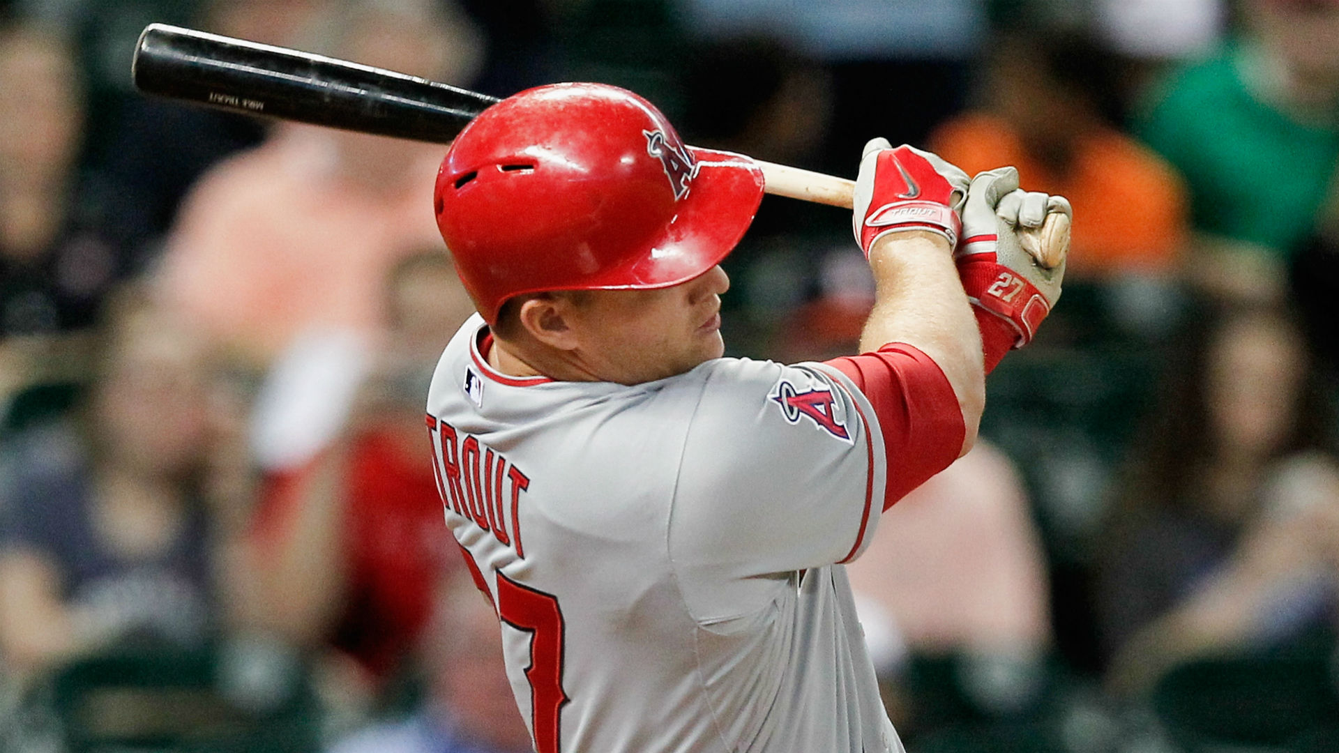 MLB Nightly 9: Mike Trout becomes youngest to reach 100 HRs, SBs