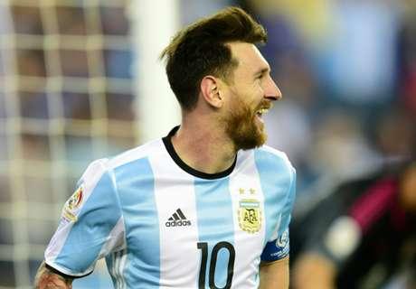 Messi leads Argentina to Copa semis