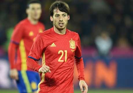 Silva plays down Spain injury worries