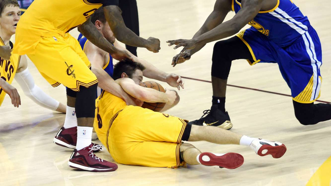 NBA | Matthew Dellavedova 'made of steel' - LeBron James ...