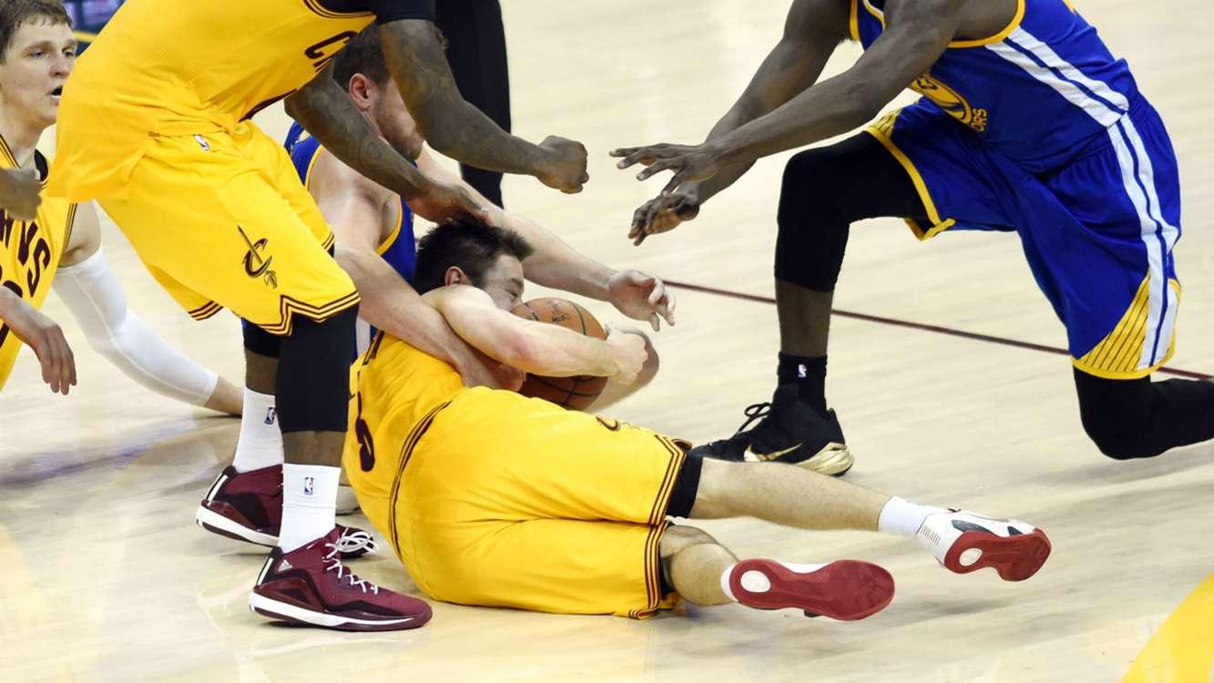 NBA | Matthew Dellavedova 'made of steel' - LeBron James ...
